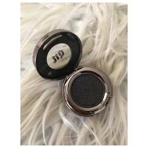 "Urban Decay Eyeshadow in ""Oil Slick"""